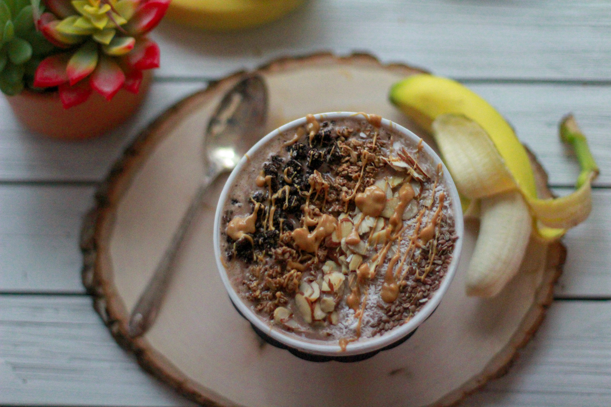 Espresso, Peanut Butter & Chocolate Low Sugar Smoothie Bowl
