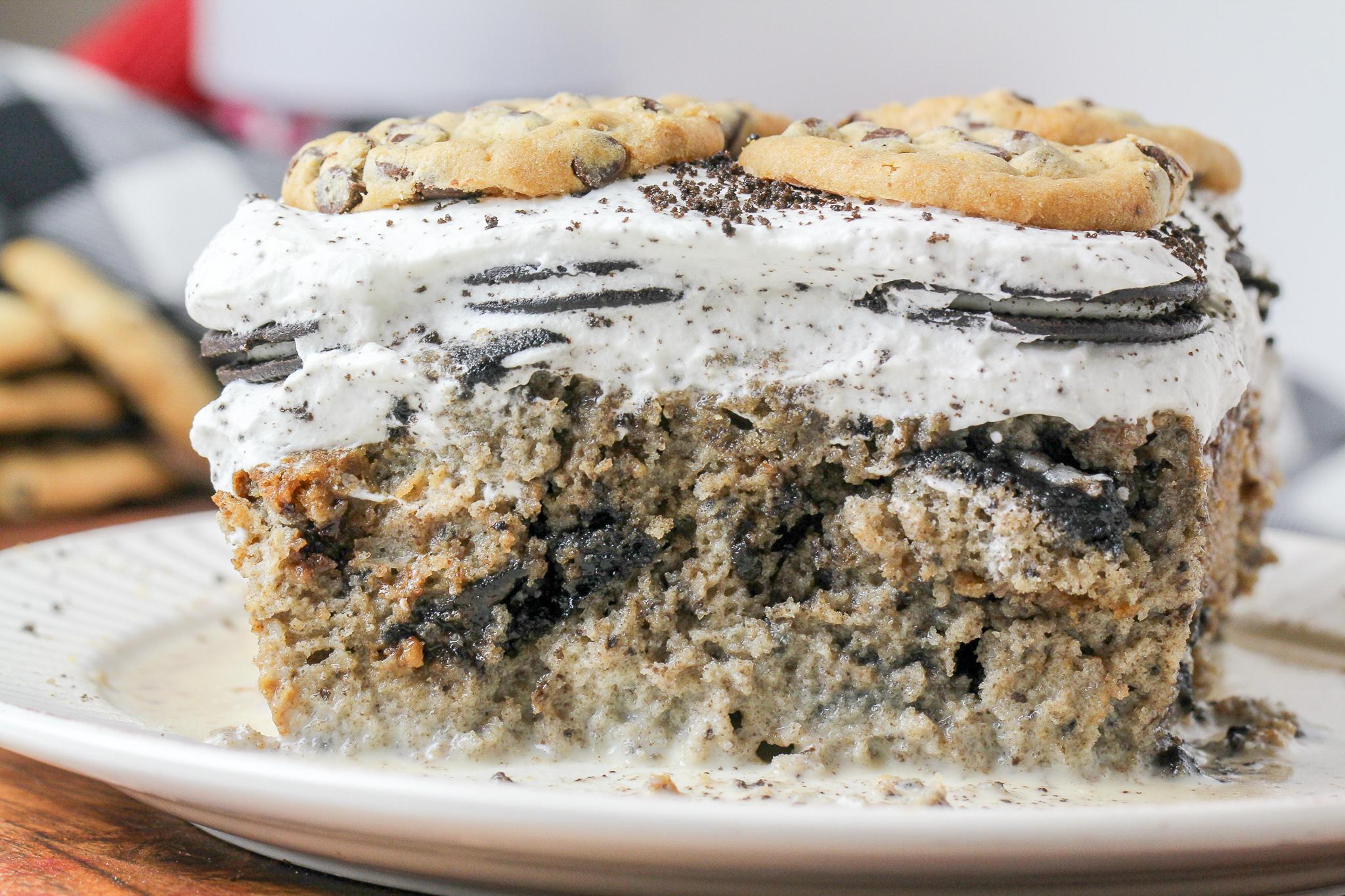 Cookies & Cream Tres Leches Cake